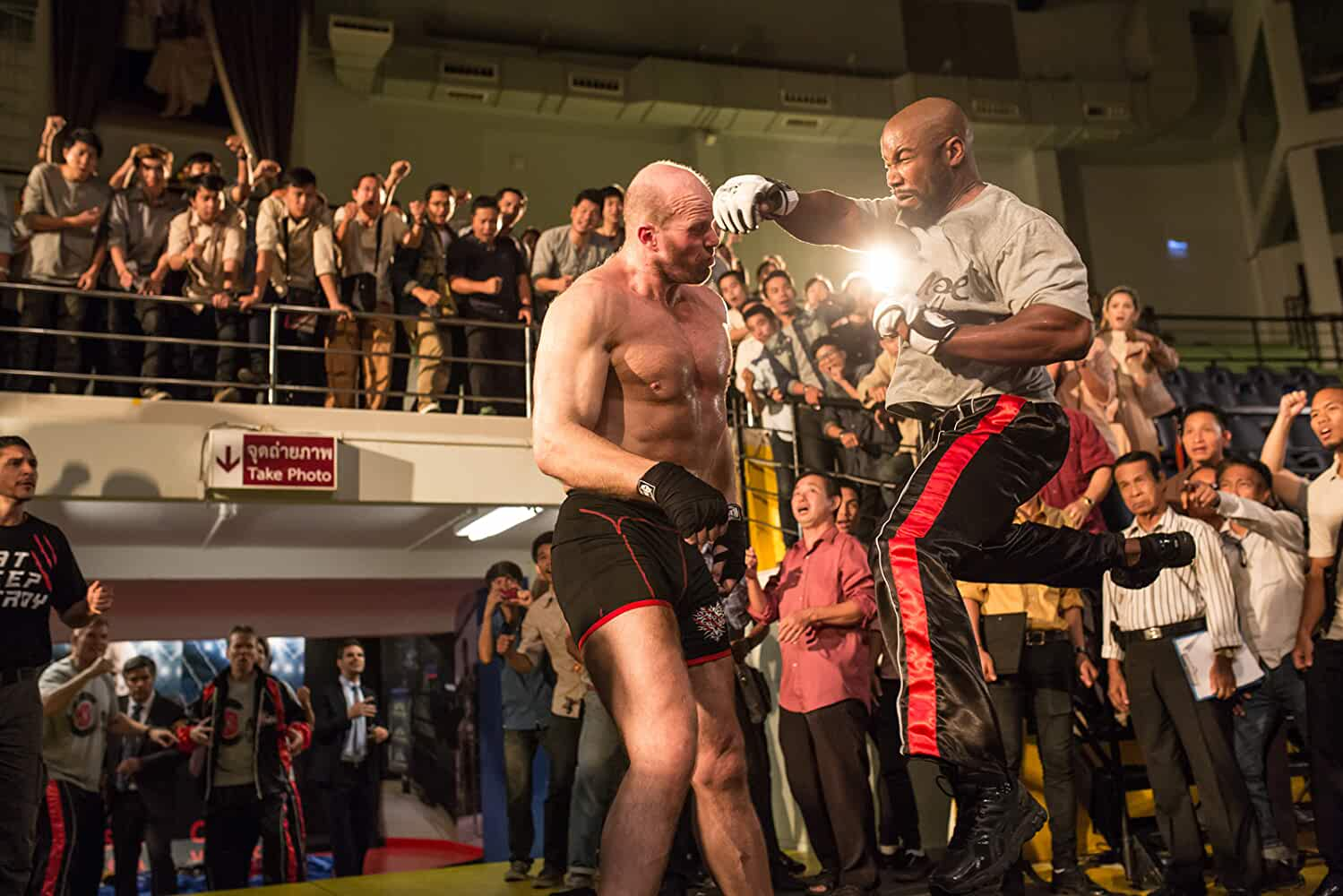 Nathan Jones and Michael Jai White in Never Back Down: No Surrender (2016)